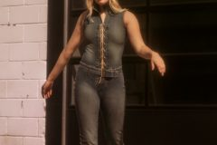 Ally is wearing a 90's (70's inspired) tie-up denim jumpsuit with belt.